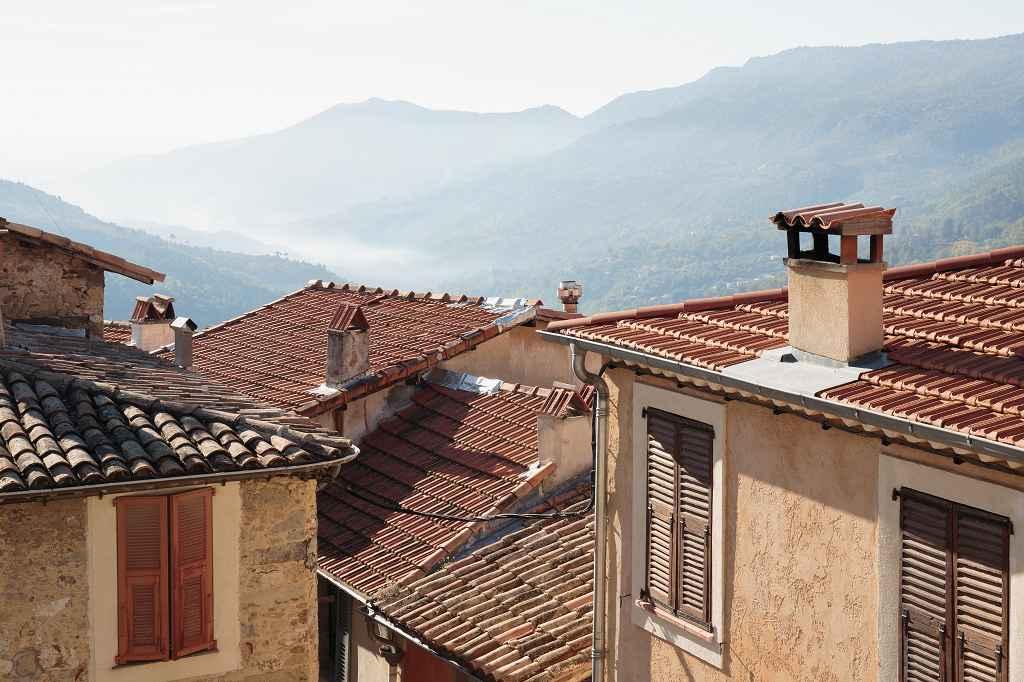 Ziegeldächer in Frankreich